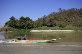 Naast slowboats zijn er ook speedboats naar Luang Prabang. Een hele dag sneller, maar ook veel gevaarlijker.