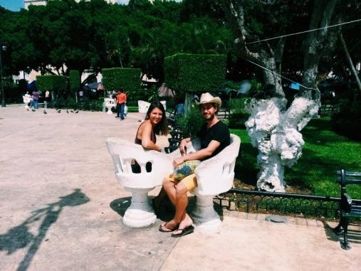 Gezellige zitjes in het park van Mérida
