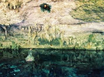 Cenote Dos Ojos in Tulum