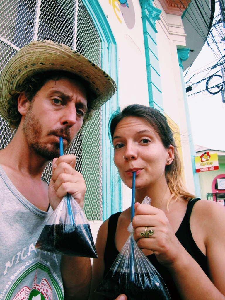 Cola uit een zakje in Masaya