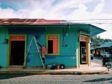 Kleurig San Juan del Sur waar we een week op het strand hebben gelegen na VerdEnergia.