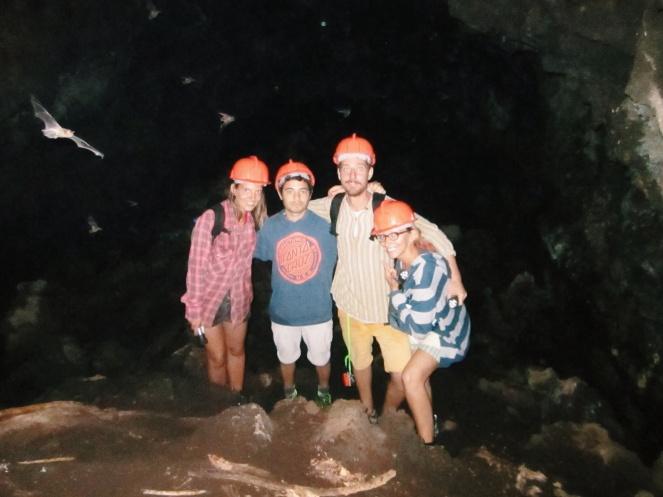 In de batcave bij Volcan Masaya. Check die vleermuis!