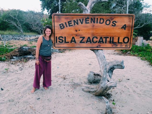 Na onze gedeeltelijke oversteek van de Golfo de Fonseca. Hier vond Maaike het toch wel leuk om op een 'onbewoond' eiland terecht te zijn gekomen