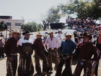 De bull riders